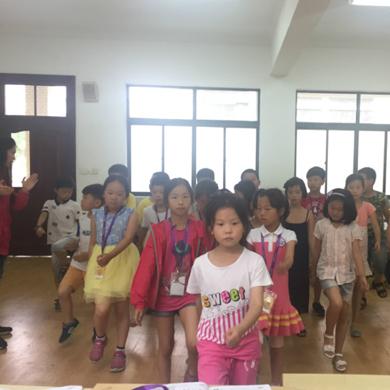 泡泡英语学习营(中外教)